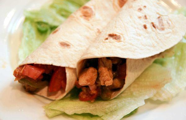 【食譜】快速半成品晚餐 法士達 (Fajitas) + 墨西哥捲餅 (Burritos)