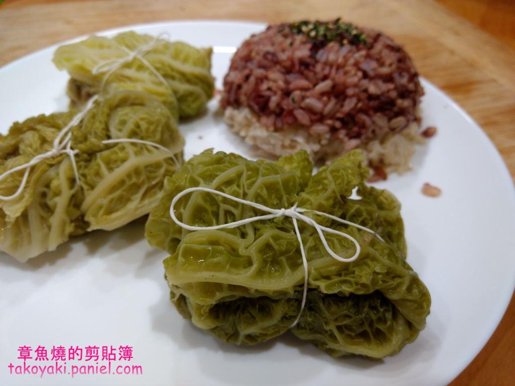 【食譜】捲心菜包香腸肉 Petits choux farcis