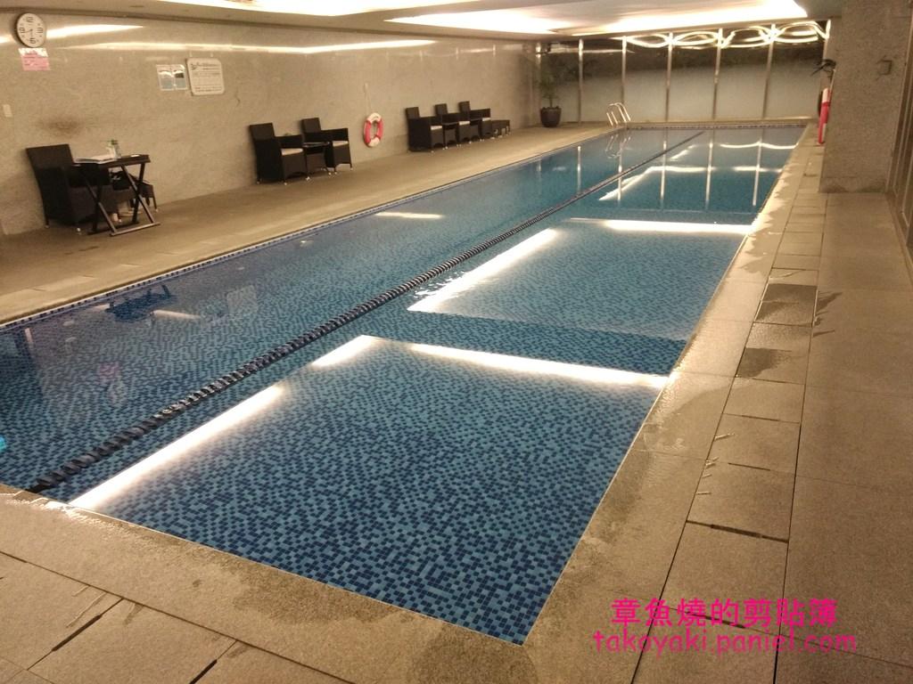 台北華泰瑞舍公寓式飯店 兩週住宿心得(4)設備齊全的健身房和一級棒的室內游泳池